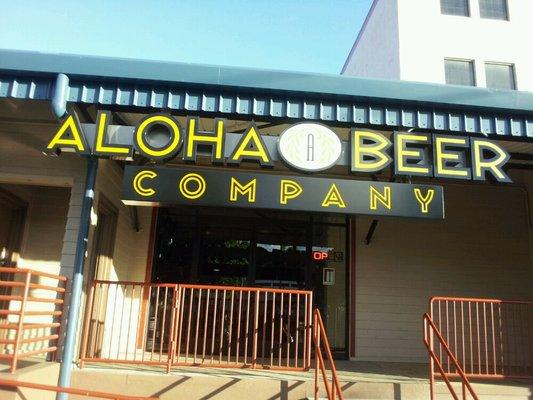 Hawaii Craft Beer Aloha Beer Company Oahu Hawaii