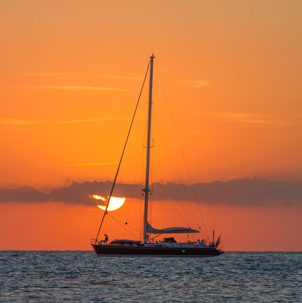 hawaii sailboat rental