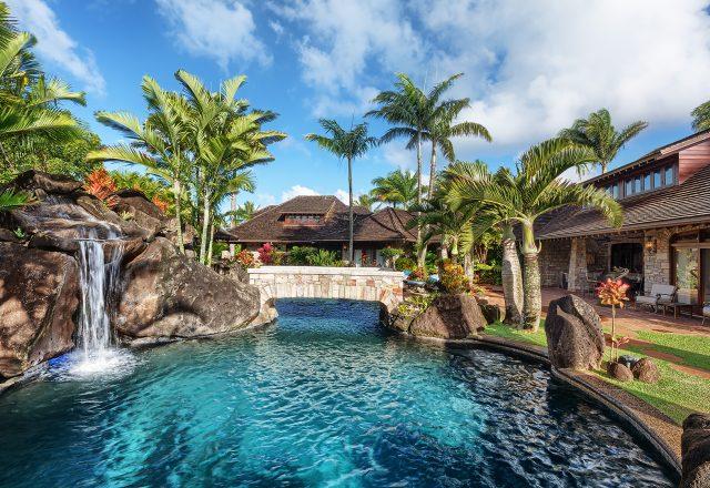 Enchanting Meadow - Pool with bridge - Hawaii Vacation Home