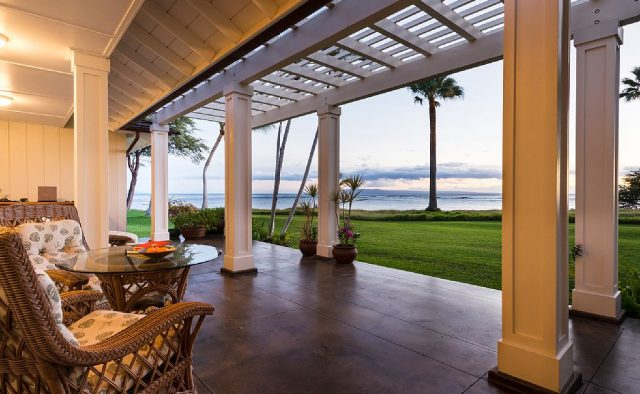 Hidden Tranquility - Patio with view of ocean - Maui Vacation Home