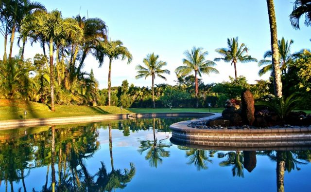 Touching Green - Pool - Luxury Vacation Homes