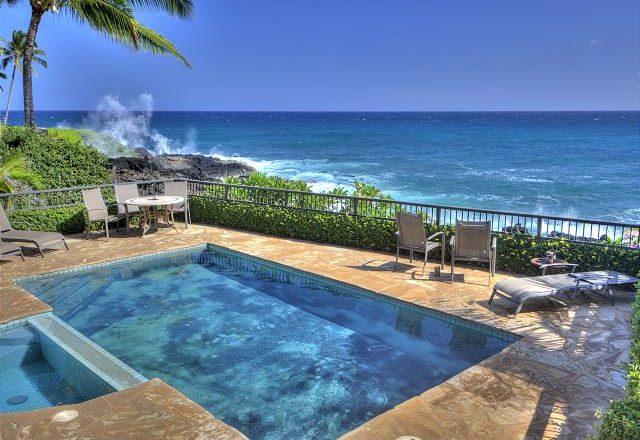 Breakwater - Pool with view of ocean - Poipu Kauai Vacation Home