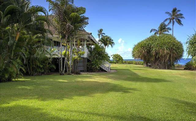 Mango Crush - Yard - Kauai Vacation Home