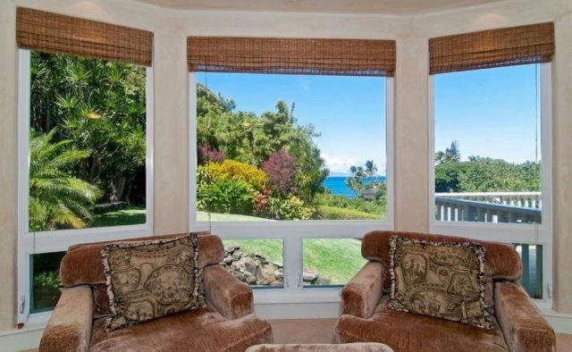 Bamboo Vista - Living area chairs - Maui Vacation Home