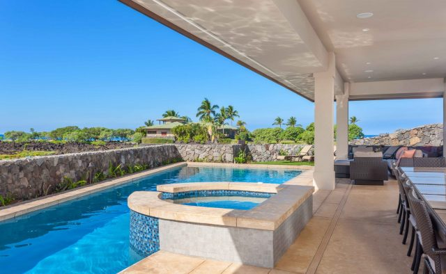 Beach Elegance - Pool and Hot tub - Hawaii Vacation Home