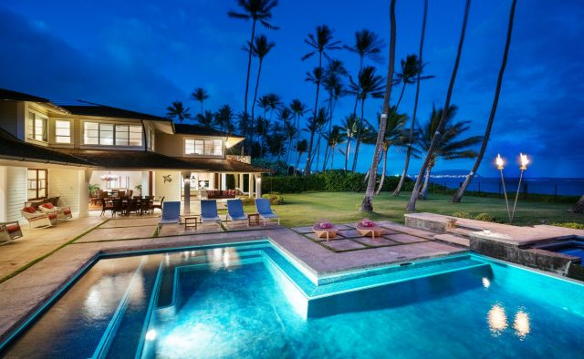 Coral Reef - Pool at night - Oahu Vacation Home