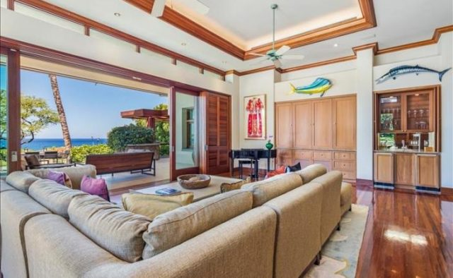 Decadent Bliss - Living Area - Hawaii Vacation Home