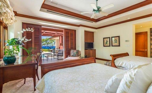 Decadent Bliss - Master Bedroom - Hawaii Vacation Home