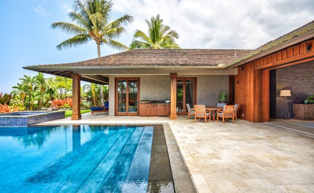 Endlessly - Pool and rear of house - Hawaii Vacation Home