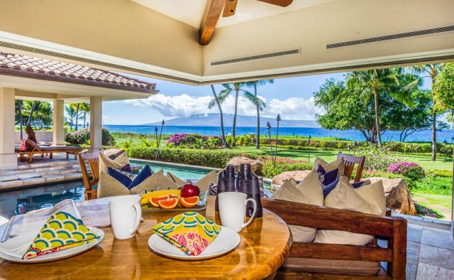 Golden Sands - Dining table on patio - Maui Vacation Home