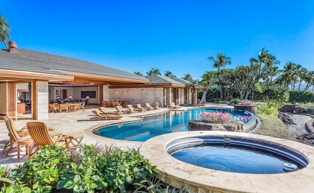 Heaven on Earth - Pool and hot tub - Hawaii Vacation Home