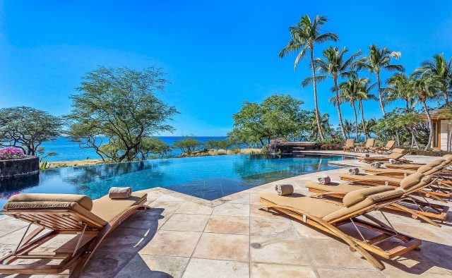 Heaven on Earth - Lounges by the Pool - Hawaii Vacation Home