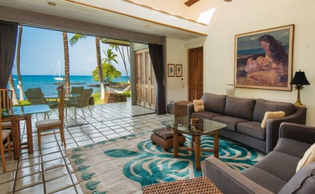 Honualai - Living and sitting area - Hawaii Vacation Home