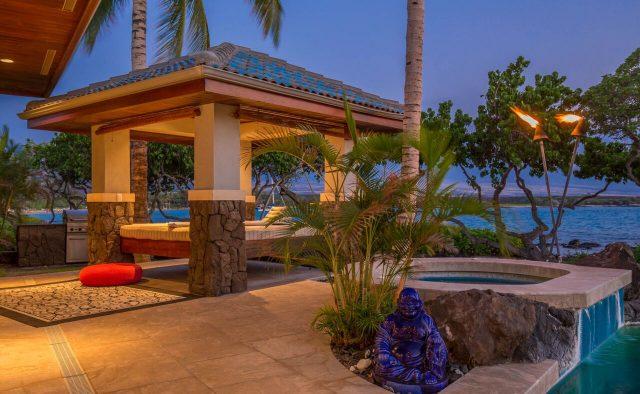 Cobalt Sky - Hot tub and cabana 1 - Hawaii Vacation Home
