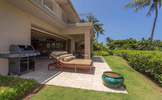 Hualalai Resort Hillside 4102 - Patio with tanning chair - Hawaii Vacation Home