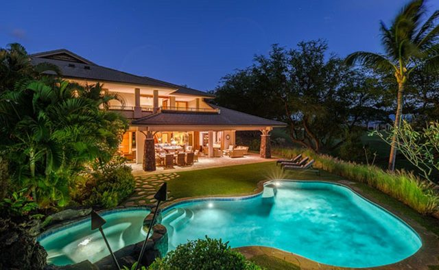 Clear Skies - Aerial View of pool and hot tub 2- Hawaii Vacation Home