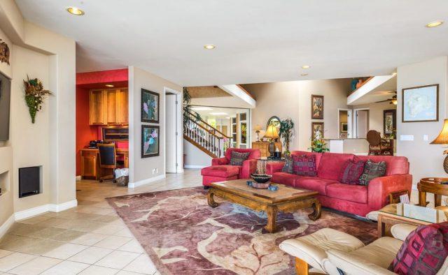 Opal Estates - Living area - Hawaii Vacation Home