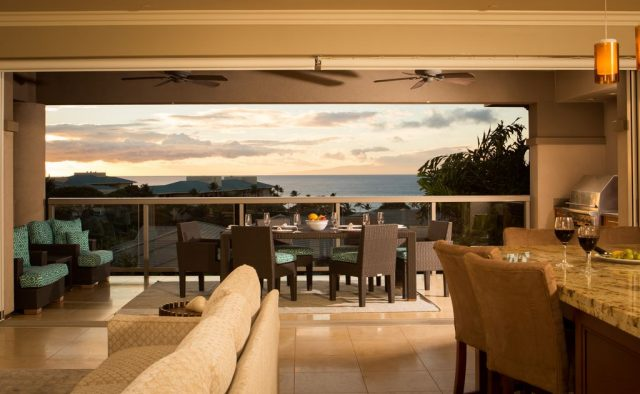 Opalite - Dining table on balcony - Maui Vacation Home