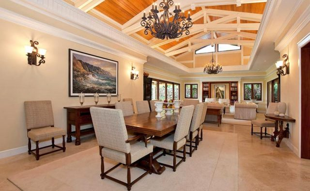 Plantation Paradise Luxury Home Rental - Living Room - Hawaii Hideaways
