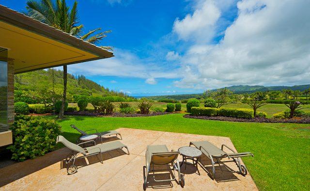 Star Steps - Backyard - Hawaiian Luxury Vacation Home