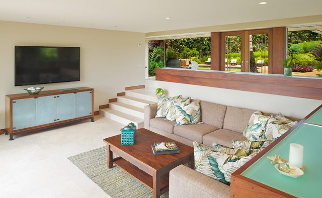 Star Steps - Living Room - Hawaiian Luxury Vacation Home