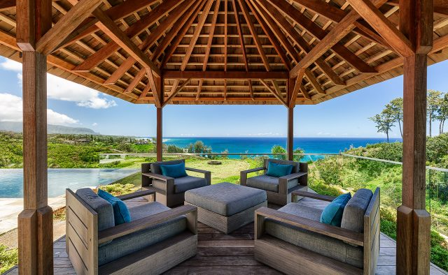 Sweet Escape - Patio - Hawaiian Luxury Vacation Home