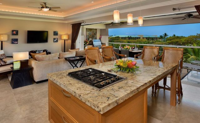 Topaz - Kitchen - Luxury Vacation Homes