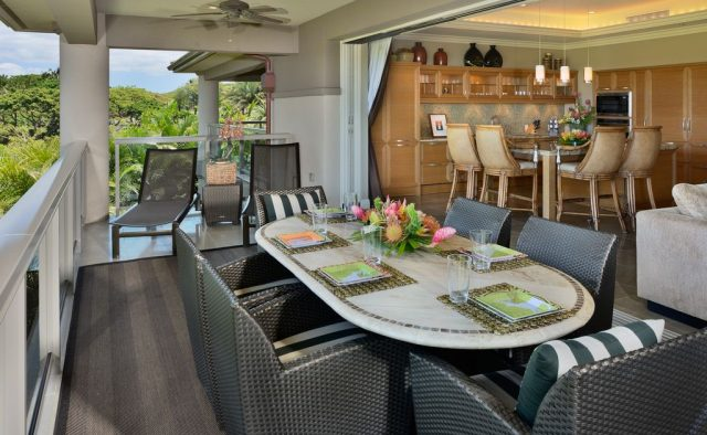 Topaz - Dining Room - Luxury Vacation Homes