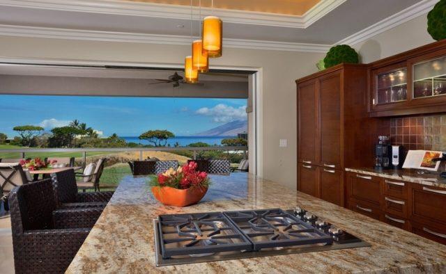 Aqualite - Kitchen with backyard view - Maui Vacation Home