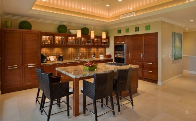 Aqualite - Kitchen dining area - Maui Vacation Home
