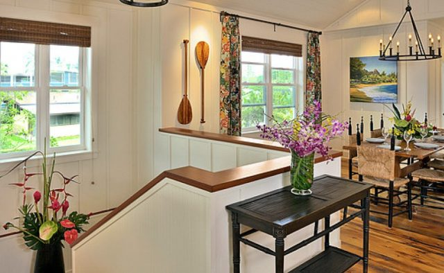 Beach Slippers - Upstairs dining - Hawaii Vacation Home
