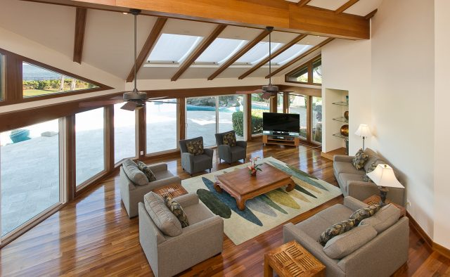Majestic Kahala Luxury Home Rental - Living Room - Hawaii Hideaways