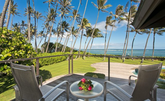 Majestic Kahala Luxury Home Rental - Patio - Hawaii Hideaways