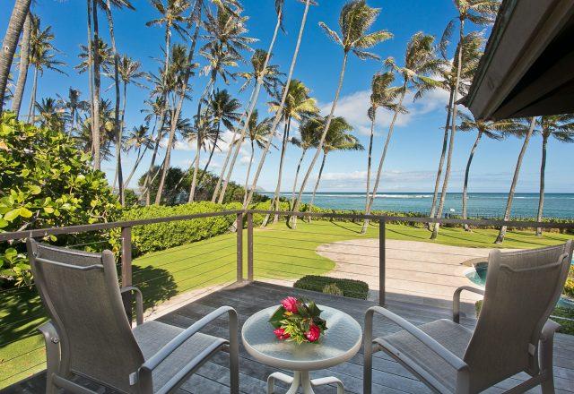 Majestic Kahala Luxury Home Rental - Patio - Hawaii Hideaways
