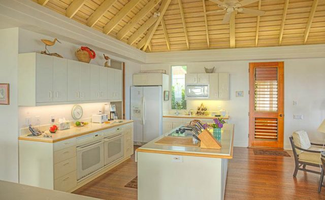 Tranquil Landing - Kitchen - Luxury Vacation Homes