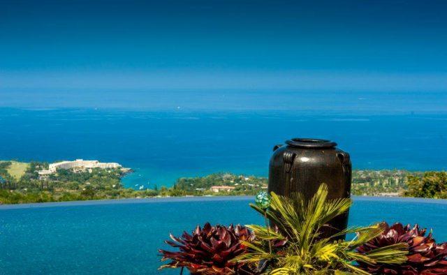 Stepping Stones - Pool - Hawaiian Luxury Vacation Home