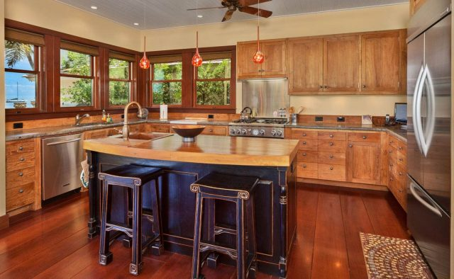 Sun Dreamz - Kitchen - Hawaiian Luxury Vacation Home