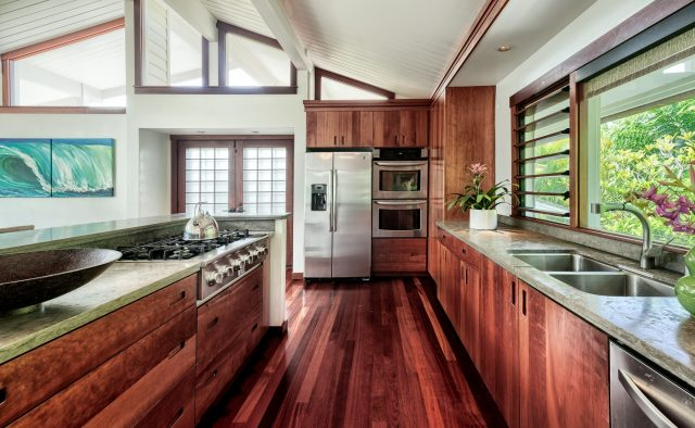 Tender Triumph - Kitchen - Luxury Vacation Homes