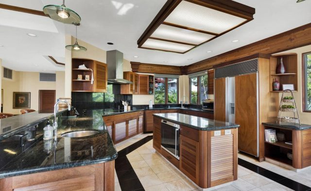 Cool Waters - Kitchen - Hawaii Vacation Home
