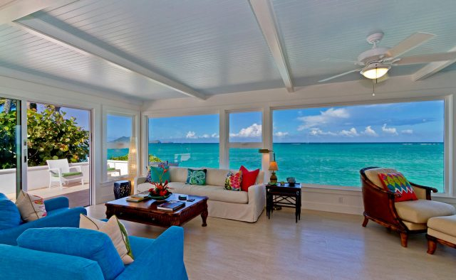 Honu Heaven - Living area and ocean view - Oahu Vacation Home