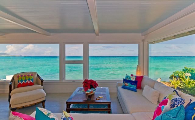 Honu Heaven - Sitting area with ocean view - Oahu Vacation Home