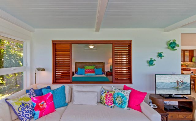 Honu Heaven - Bedroom with window to sitting area - Oahu Vacation Home