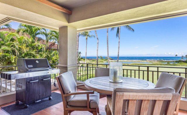 Hualalai 4202 - Dining on the patio - Hawaii Vacation Home