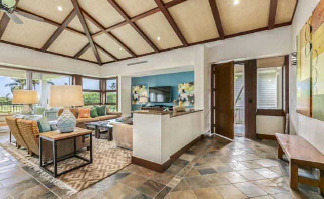 Hualalai Resort Fairway Villa 116D - Living area and front door - Hawaii Vacation Home