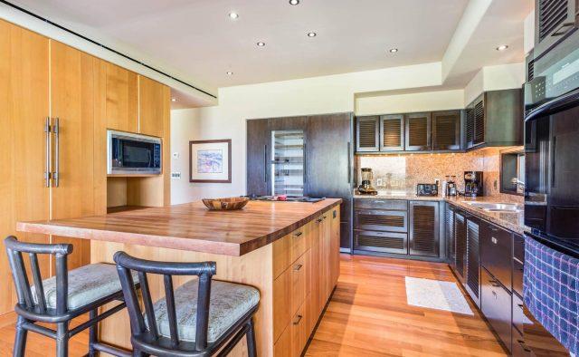 Hualalai 4202 - Kitchen Island - Hawaii Vacation Home
