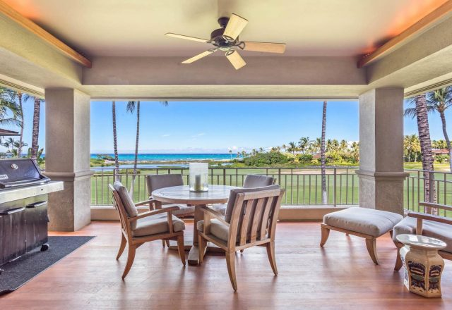 Hualalai 4202 - Patio with grill and table - Hawaii Vacation Home