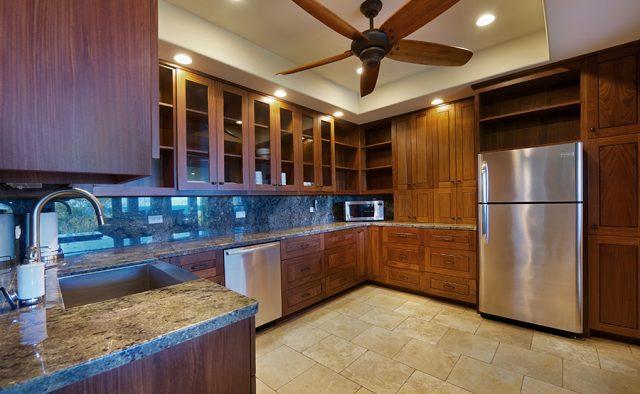 Lavishly Teak - Kitchen ammenities - Kauai Vacation Home