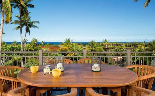 Ke Alaula 210A - Balcony Dining Table - Hawaii Vacation Home