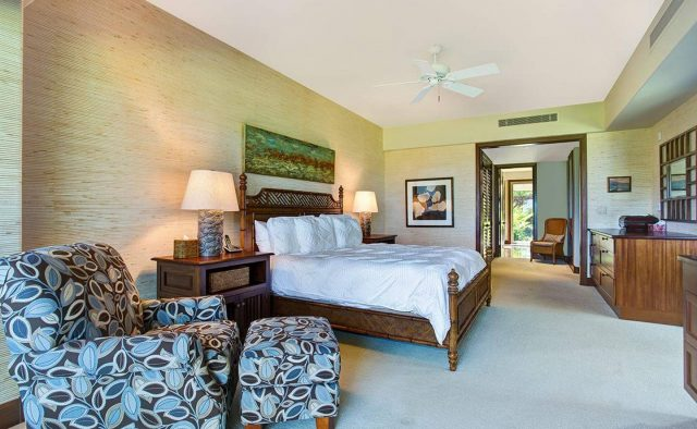 Ke Alaula 210A - Master Bedroom - Hawaii Vacation Home