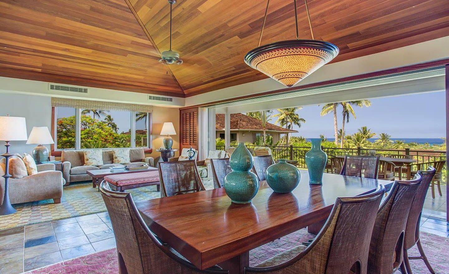 Ke Alaula 210A - Dining area with view of ocean - Hawaii Vacation Home
